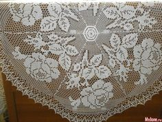 In Love with Roses crochet Tablecloth
