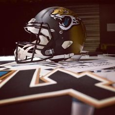 Jacksonville Jaguars unveil new football uniforms, first look at the threads