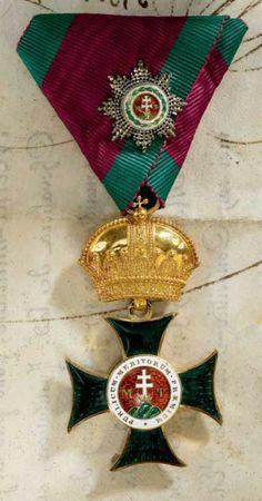 Saint Stephen Order, Grand Cross set of insignia; breast star, sash badge, 'kleinen Dekoration' badge, 1840-1850, Firma Rothe  Neffe, Vienna. 08