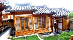 traditional korean homes | ... Back in Time Inside Simsimheon House, Bukchon Hanok Village, Seoul