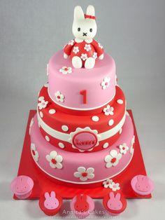 Nijntje taart/ Miffy cake