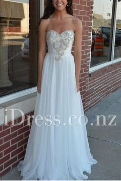sweetheart floor length chiffon ivory prom dress. ball dresses nz. formal dresses nz. prom dresses nz. #balldresses  #promdresses