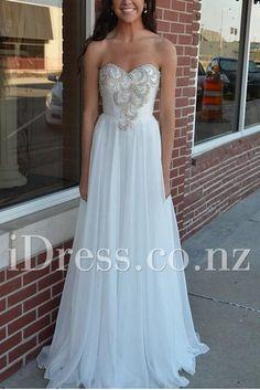 sweetheart floor length chiffon ivory prom dress. ball dresses nz. formal dresses nz. prom dresses nz. #balldresses  #promdresses