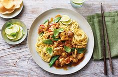 Healthy chicken recipes don't have to be boring – try our 10 healthy recipes from a pesto pasta bake, to spicy stir-fried rice and tangy shawarma flatbreads. Find more healthy recipes at Tesco Real Food. Chicken Noodle Recipes, Healthy Chicken Recipes, Healthy Dinner Recipes, Asian Recipes, Cooking Recipes, Chicken Noodles, Ethnic Recipes, Healthy Meals, Thai Cooking