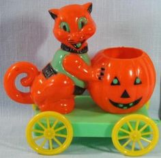 Vintage Halloween Plastic Candy Container ~ Cat and Jack O' Lantern on Wagon. Circa, 1950's.