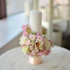Baptism Centerpieces, Baptism Decorations, Flower Decorations, Wedding Decorations, Diy Candles, Pillar Candles, Baptism Candle, Diy For Girls, Bouquets