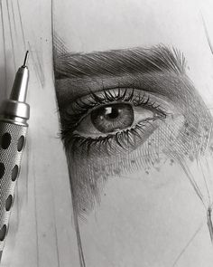 Drawing Pencil Portraits - by Malo Art Discover The Secrets Of Drawing Realistic Pencil Portraits Eye Pencil Drawing, Pencil Portrait Drawing, Realistic Eye Drawing, Pencil Drawing Tutorials, Portrait Sketches, Pencil Art, Drawing Sketches, Pencil Drawings, Realistic Rose