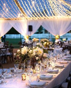 #regram: @ambereventprod  There's something about an evening under the night sky at tented reception that yields so much beauty!(Venue: @mervgriffinestate / Photography: @nextexitphotography @catnextexit / Planning: @kristeenlabrot / Rentals: @sigpartyrentals / Lighting: @thelightersidela / Draping: @ambereventprod / Floral: @lotusandlilyfloral / Linens: @latavolalinen)