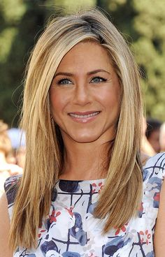 Jennifer Aniston - long bob