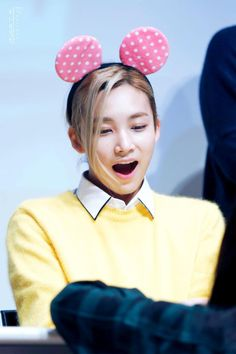Seventeen Memes, Jeonghan Seventeen, Woozi, Wonwoo, Pre Debut, Seventeen Wallpapers, 54 Kg, Gwangju, 22 Years Old