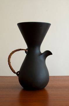 Modernist porcelain coffee pot/pitcher designed by Kenji Fujita for Freeman Lederman circa 1950's.