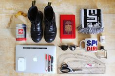 Essentials: Aaron Tubb University Of Westminster, London University, Edc Everyday Carry, What's In Your Bag, Clothes Horse, Kit, Hypebeast, Essentials, Accessories