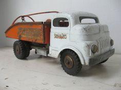 Structo Toys Buddy L Tow Truck 1940's by bigfishlilpond on Etsy, $100.00
