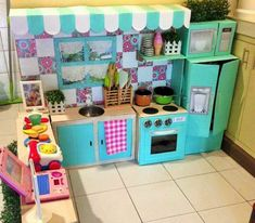 Be inspired by this mum's crafty cardboard box kitchen