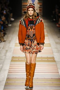 Etro Fall 2018 Ready-to-Wear Fashion Show Collection