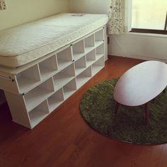 人気商品!ニトリの「カラーボックス」DIYリメイク術♪ | RoomClip mag ... カラーボックスで「ベッド」!