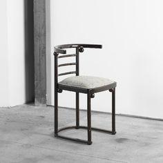 213: Josef Hoffmann and Gustav Siegel chair, model 728
