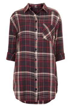 The perfect oversized plaid shirt, courtesy of @Topshop