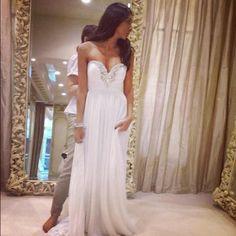 Very beautiful. Wedding dress.