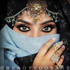 Srilankan Bridal MUA - 22 loves to bake faces  For Appointments (ONLY):077 669 5194  Snapchat: 'beautydosage'  jeeshan@beautydosage.com