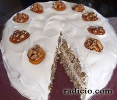 Τούρτα με καρύδι Greek Recipes, Cake Pops, Waffles, Pie, Pudding, Sweets, Cooking, Breakfast, Desserts