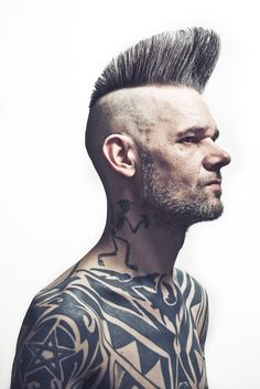 SCHOREM PORTRAITS ‹ Jelle Mollema Photography Psychobilly, Hairstyles Haircuts, Haircuts For Men, Punk Subculture, Classic Haircut, Beard Balm, Pompadour, Heart For Kids, Portraits