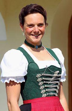Trachtenschneiderei Anna Mühlhuber   Schliersee