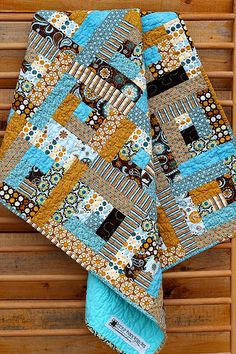 Baby Log Cabin Quilt---like these colors...I want a log cabin quilt!