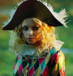 "Goldfrapp – ""Little Bird (Animal Collective Remix)"" Kinds Of Music, Music Is Life, Pierrot Clown, Animal Collective, Poor Little Rich Girl, Glam Rock, Cut And Color, Costume Design, Outfit Of The Day"