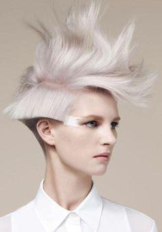 cause ya know i would do this with my hair !! hahahahhahahaaha