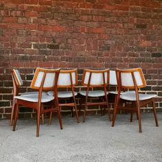 These teak Chairs are out of control I just love them. They all need reglued but that is no problem for @artwoodcustomfinishes located inside Main St. Modern  #teak #teakfurniture #danishmodern #teakchairs #radcanton #downtowncanton #northcanton #cleveland #akronohio #midcenturymodern #midcentury #modernchairs #diniingchairs #vintage #vintagechairs #interiordesign #elledecor #nyc #modernfurniture