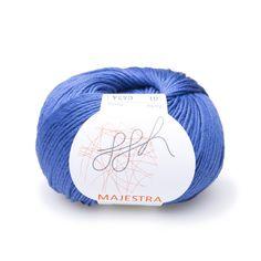 Wer das ganz Besondere sucht, die ausßergewöhnliche und hochwertige Qualität, der findet in ggh-Majestra eine Perle unter den Sommergarnen. ggh-Majestra ist besonders edel in der Anmutung, auf hochwertigstem Niveau verarbeitet und besteht aus qualitativ wertvollsten Naturfasern. Produziert wird das Garn Majestra von einem italienischem Unternehmen, das sonst überwiegend für die weltbekanntesten Designer-Labels produziert. Modisch und einzigartig ist dieses Ausnahmegarn! Mehr Farben-->