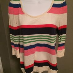 Women's pull over top Great condition long sleeved top Old Navy Tops Tees - Long Sleeve