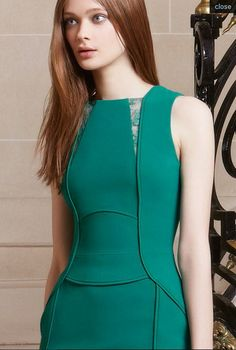 Elie Saab - Pre-Fall - 2014 Classy Outfits For Women, Office Dresses For Women, Clothes For Women, Frock Fashion, Fashion Sewing, Fashion Dresses, Dressy Dresses, Elegant Dresses, Short Dresses