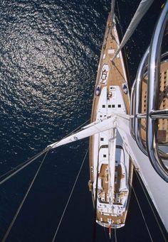 Mirabella V - Sailing Art