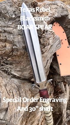 Apocalypse Survival, Zombie Apocalypse, Boar Spear, Spear Weapon, Tactical Swords, Pretty Knives, Blacksmith Projects, Sword And Sorcery, Knives And Swords