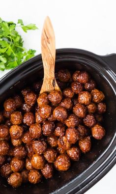 Crockpot Meatballs with Cherry Bourbon Sauce - Rachel Cooks®️️ These crockpot meatballs only require 5 ingredients and are always a hit. Let your slow cooker do the work on this recipe - the result is delicious! Slow Cooker Recipes, Gourmet Recipes, Appetizer Recipes, Crockpot Recipes, Crockpot Meat, Meat Appetizers, Party Recipes, Bourbon Meatballs, Crock Pot Meatballs