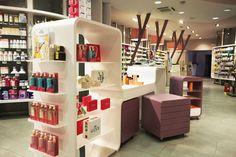Farmacia Marinoni > Farmacie > Portfolio Alfonso Maligno architecture & design - Studio Alfonso Maligno - Progettazione farmacie
