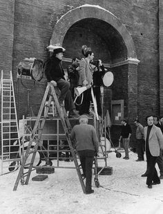 9-minute clip of rare footage of the 'Amarcord' set at the Cinecittà Studios with long shots of Fellini directing his 1973 film. Watch: http://cinearchive.org/post/73016972302/maestro-federico-fellini-and-cinematographer