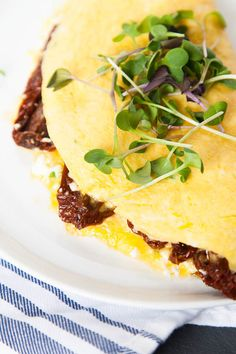 Sundried Tomato and Goat Cheese Omelette