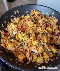 Filet z kurczaka po meksykańsku z ryżem basmati - Mocne Kalorie Fried Rice, Dinner Recipes, Food And Drink, Tasty, Chicken, Ethnic Recipes, Fitness, Gastronomia, Diet