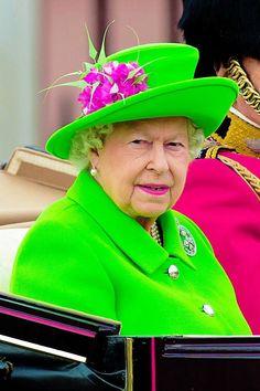 Queen Elizabeth ll   11-6-2016                                                                                                                                                      Mehr