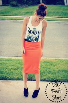 DIY long Pencil skirt - Love the color pop! Finally, I can make some that FIT me!