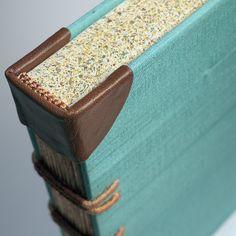corte de cabeza pintado Cuaderno Vintage, Diseño De Libros, Libros Objeto,  Cuadernos Artesanales 4a584894ce