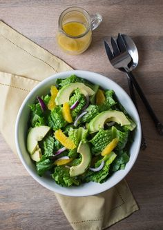 Recipe: Green Salad with Orange, Avocado, and Red Onion