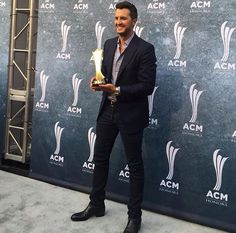 Writing A Biography, Academy Of Country Music, Luke Bryan, Auditorium, Big Star, Weed, Awards, Carpet, Luke Bryans