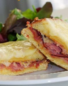 Croque Monsieur..Yum yummm♥