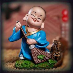 Trong hình ảnh có thể có: 1 người, đang cười Small Buddha Statue, Buddha Art, Tapas, Baby Buddha, Fantasy Characters, Disney Characters, Tibetan Art, Fantasy Character Design, Chinese Art