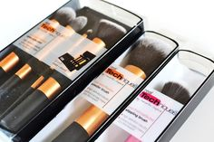 The best Real Techniques brushes makeup Now the promotion, discount of $ 5 on their first orders less than $ 40 or $ 10 on their first purchase over $ 40 with iHerb coupon OWI469   http://youtu.be/4yfEGZnJ96M Real Techniques Core Collection Brushes. Gonna have to try these out ( per Essie Buttons blog) found them at Ulta .... Pretty inexpensive #realtechniques #realtechniquesbrushes #makeup #makeupbrushes #makeupartist #brushcleaning #brushescleaning #brushes
