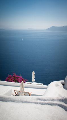 Santorini Quiet in White & Blue